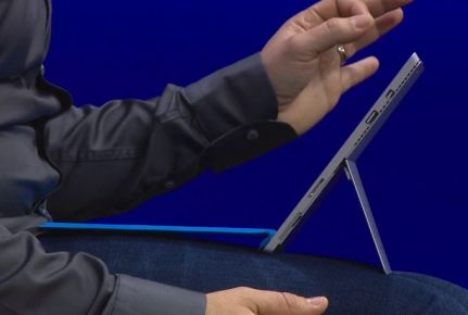Microsoft's Surface Pro 3 Wants to be a Laptop Killer, Could End up Killing Itself e-Reading Hardware Microsoft Windows