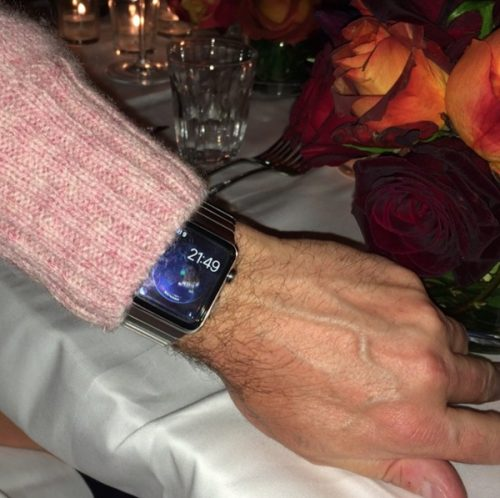 Apple Watch Update: It's in the Wild, Sporting New Apps Apple e-Reading Hardware