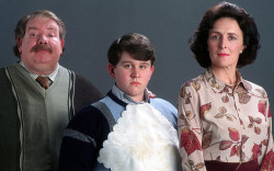 JK Rowling Reveals Why the Dursleys Hated the Potters Uncategorized