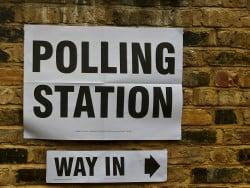 Old News:  Most British Youth Prefer Print Books surveys & polls