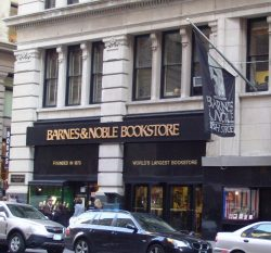 Barnes_&_Noble_Fifth_Ave_flagship