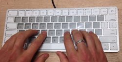 Apple to Use E-ink Screens in Keyboard of Future Macbooks Apple e-Reading Hardware