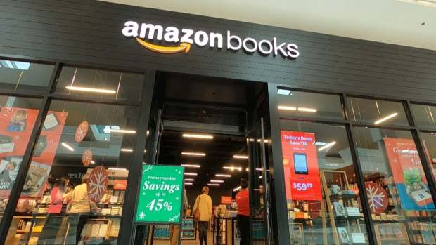 Amazon Opened a Bookstore in Nashville Just in Time for Thanksgiving Amazon Bookstore