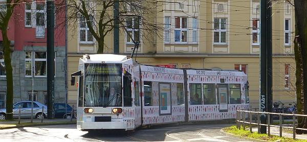 Schöne Kurven mit der Straßenbahn (Foto: TD)