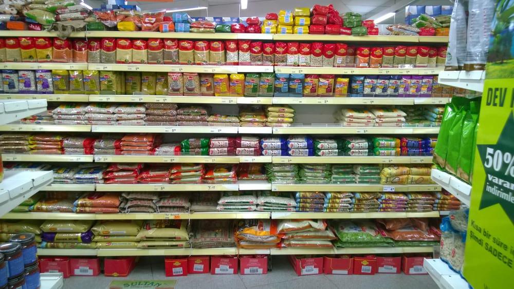 Onur Esen - jede Menge orientalischer Produkte
