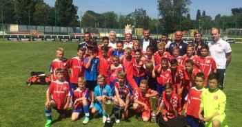 2015 war Fortuna U12 zu Gast in Warschau (Foto: Fortuna Düsseldorf)