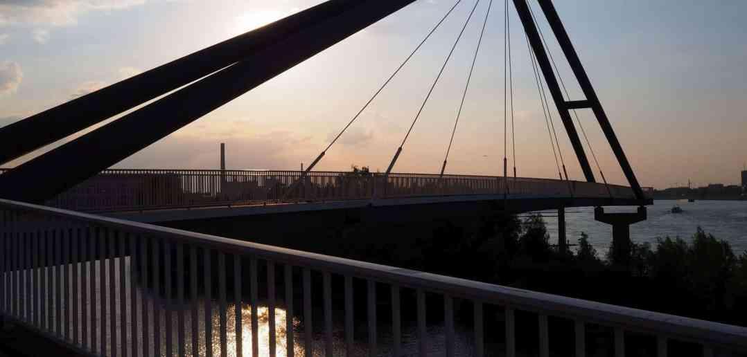 BdW30: Hajos Lieblingsbrücke am Medienhafen