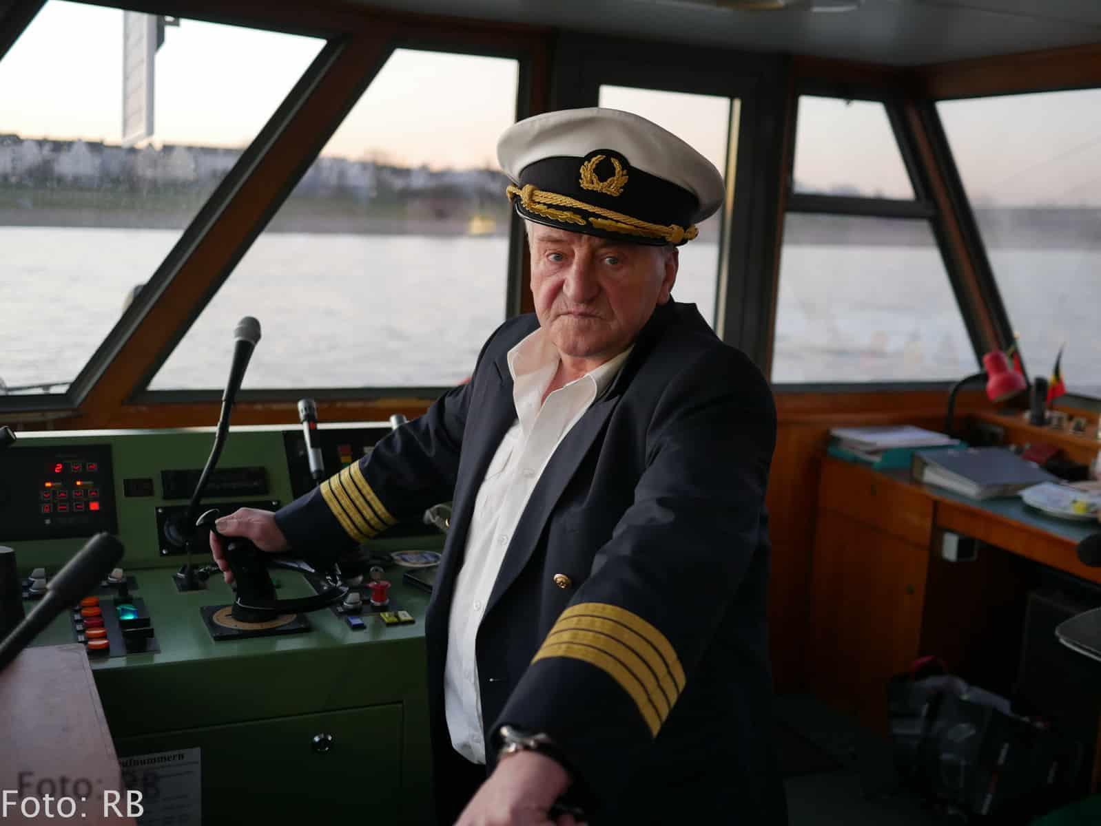 Käpt'n Tiger - seit über 40 Jahren Schiffsführer