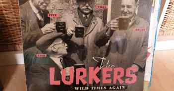 """The Lurkers und das lustige Cover von """"Wild Times Again"""""""
