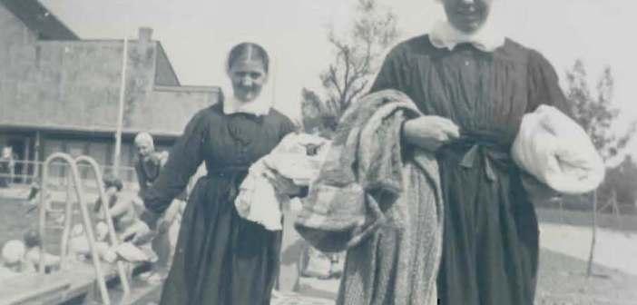 Diakonissen mit ihren traditionellen Häubchen sind nicht nur in Kaiserswerth ein vertrautes Bild (Foto: Archiv der Diakonie Kaiserswerth)