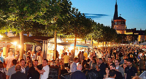 Savoire vivre: In der Altstadt beim Frankreichfest (Foto: Frankreichfest)