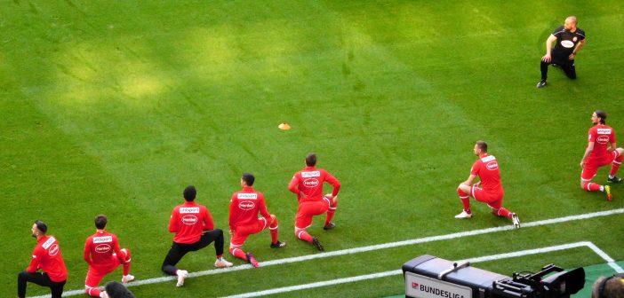 F95 vs St. Pauli: Aufwärmen vor Bundesliga-Kameras (Foto: TD)