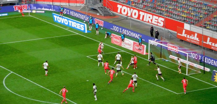 F95 vs St. Pauli: Unberechtigte Ecke, aber Tor zum 2:0 (Foto: TD)