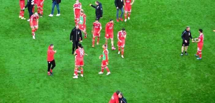 F95 vs St. Pauli: Die Sieger gehen fröhlich, aber gelassen vom Platz (Foto: TD)