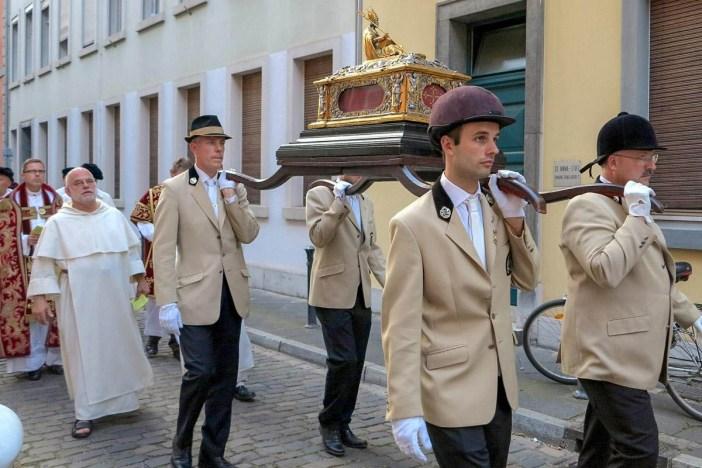 Die Apollinaris-Prozession (Foto: Beate Plenkers-Schneider via Erzbistum Köln)