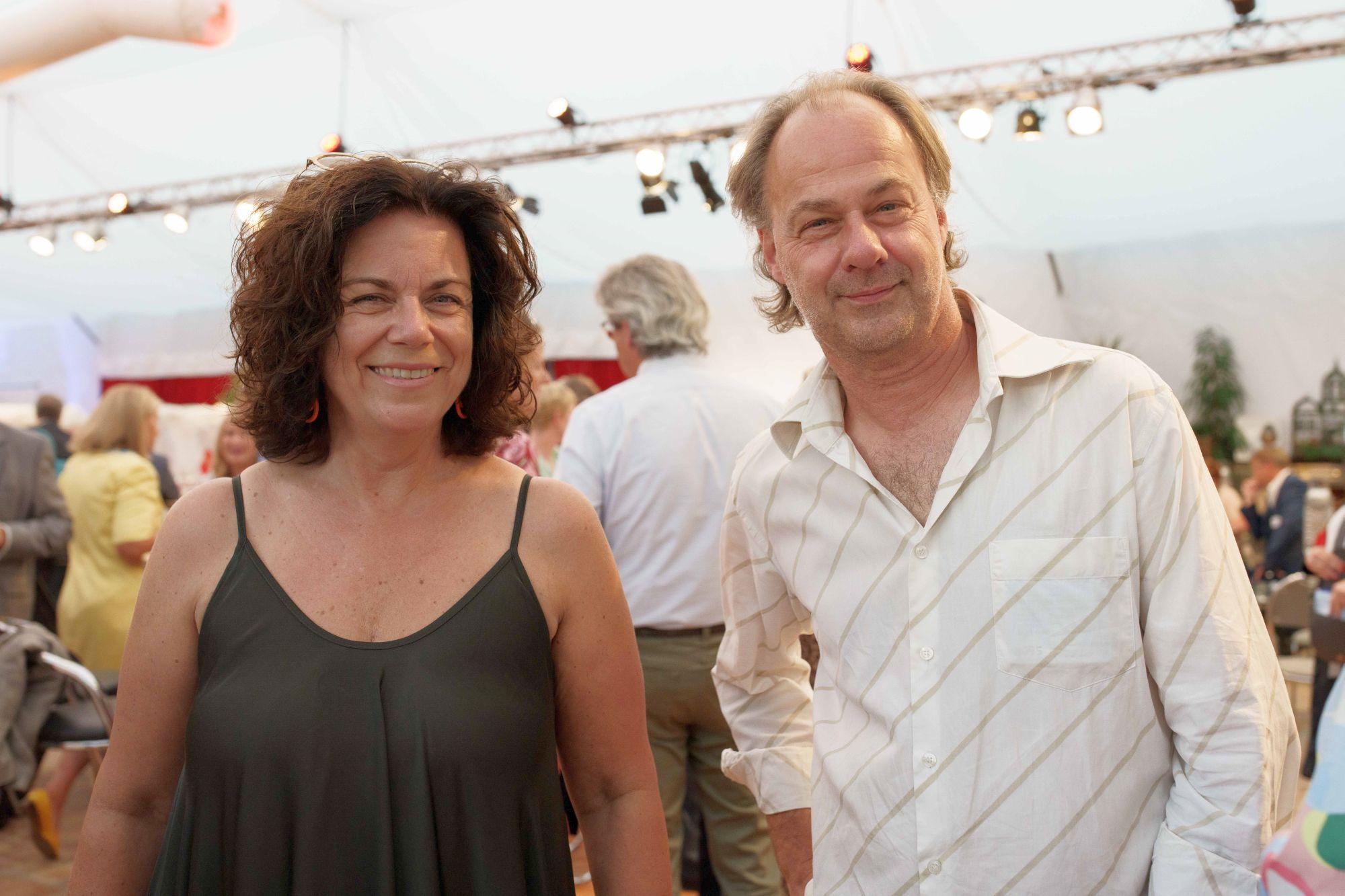 Christiane Oxenfort und Andreas Dahmen bei der Eröffnung des Düsseldorf Festival 2021 (Foto: Düsseldorf Festival)