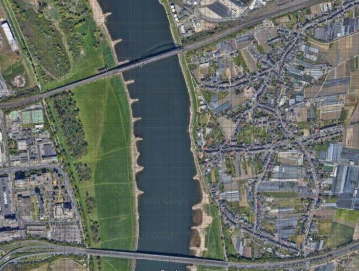 Google-Map: Zwischen den Brücken verlief die Fährverbindung