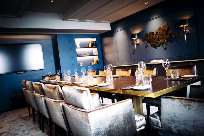 Der Blaue Salon: Private dining im Grand Etoile (Foto: GE)