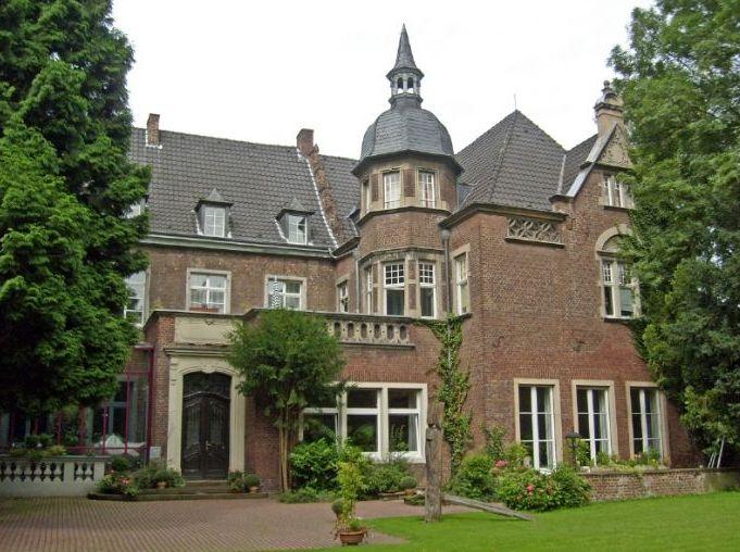 Schloss Elbroich in seinem heutigen Zustand (Foto: privat)