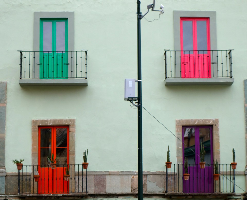 Guanajuato - More brightly-painted buildings