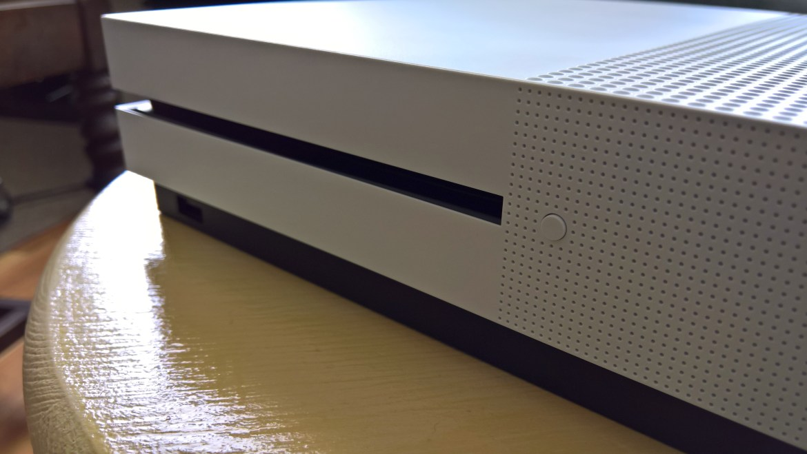 Xbox One S review (6)