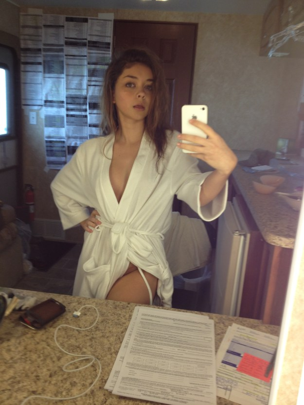 Modern Family Star Sarah Hyland Nude Leaked Pussy Photos and Masturbation Sex Tape Video