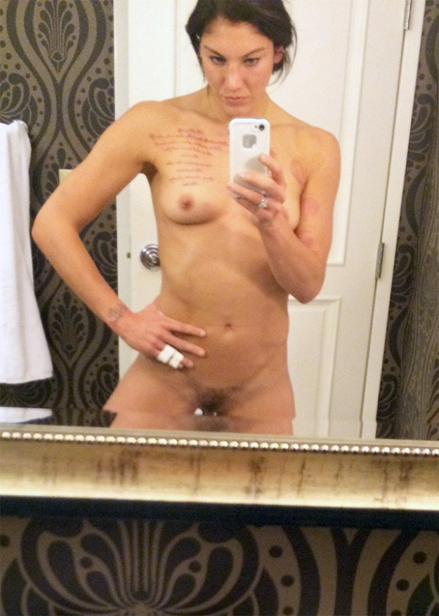 Hope Solo New Leaked Fappening 2018 Pussy Selfies