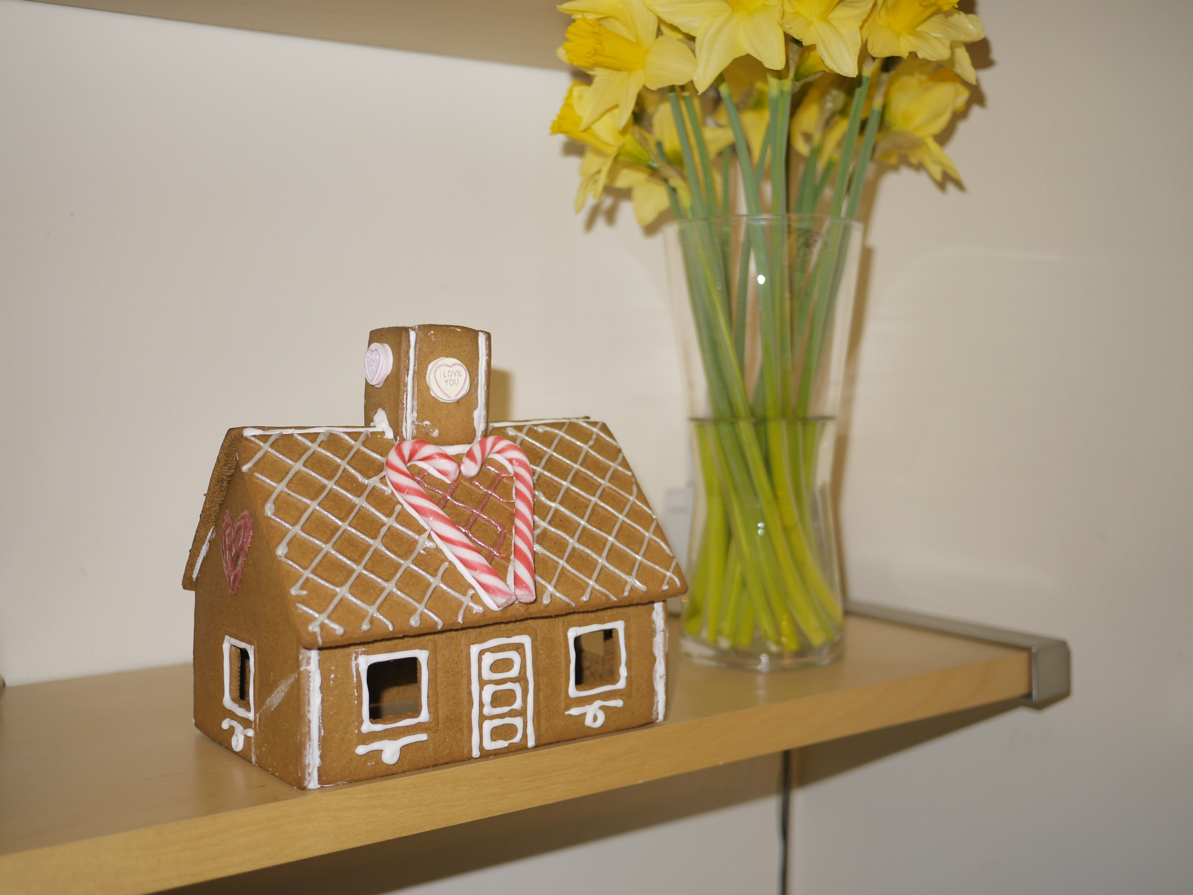 Valentine 39 S Day Gingerbread House Ikea Pepparkaka Hus