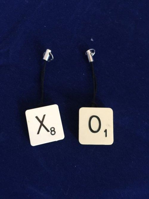 Scrabble tiles X & O