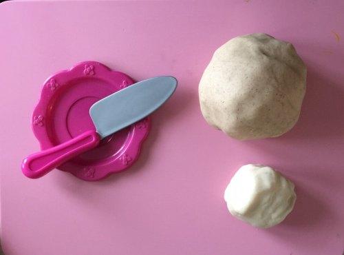 play dough hot cross buns