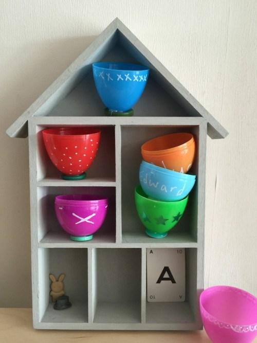 alice in wonderland tea cups