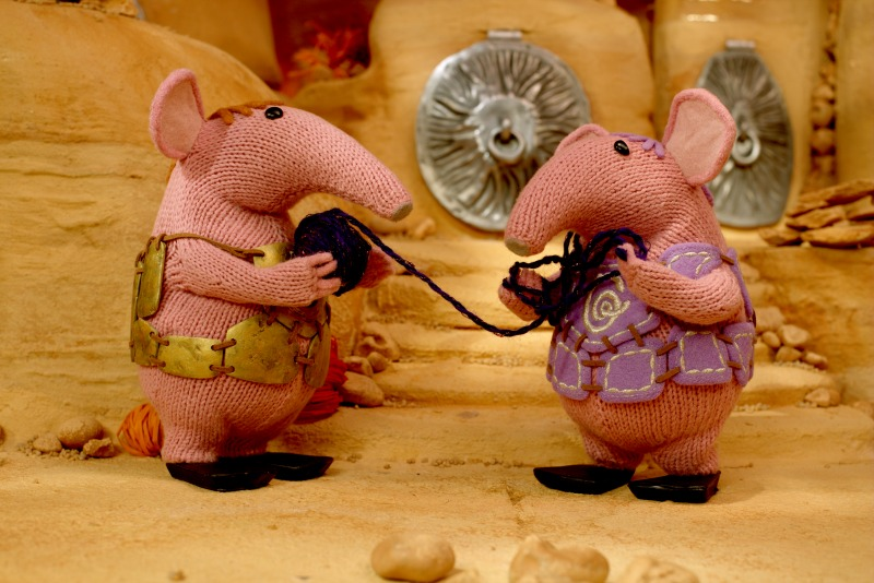 CLANGERS THE KNITTING MACHINE SHOT 2 CAVE MAJOR GRANNY TANGLED copy