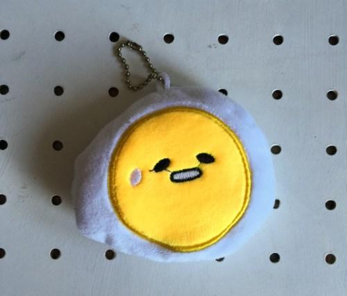 fried egg key ring
