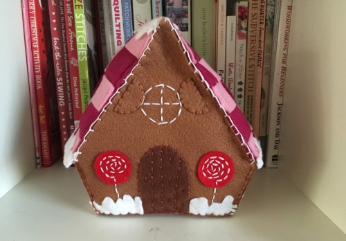 Mollie Makes gingerbread house