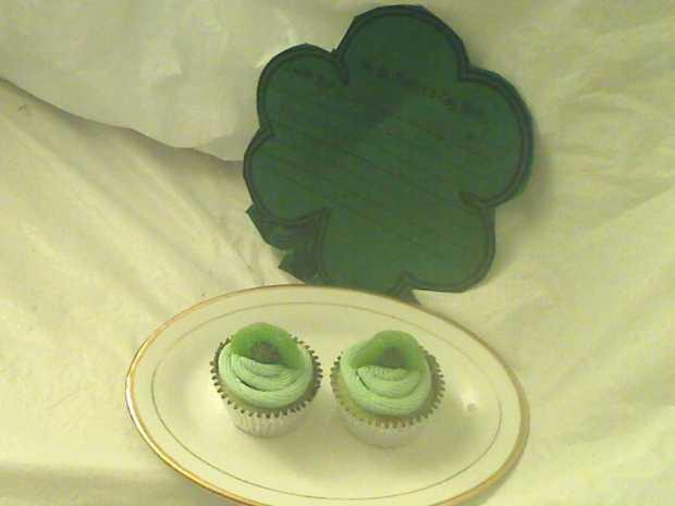Kiwi Lime Mini Cupcakes for St. Patrick's Day
