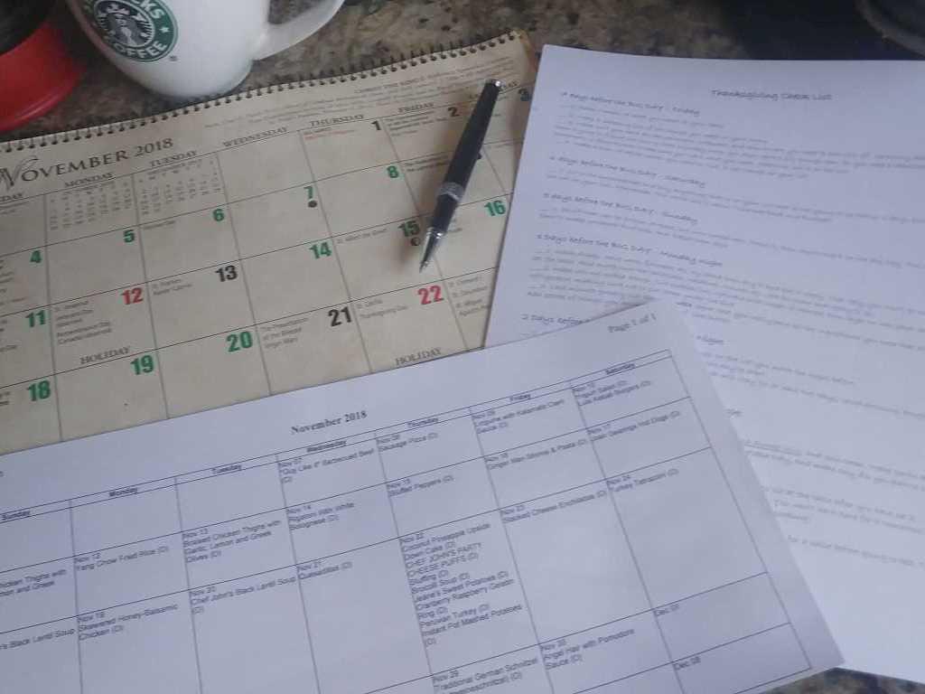 The Good Plate Monthly Menu Calendar