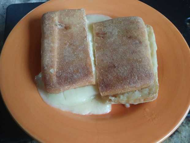 Panini grilled cheese