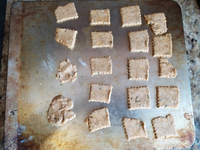 Sourdough Cheese Herb Crackers