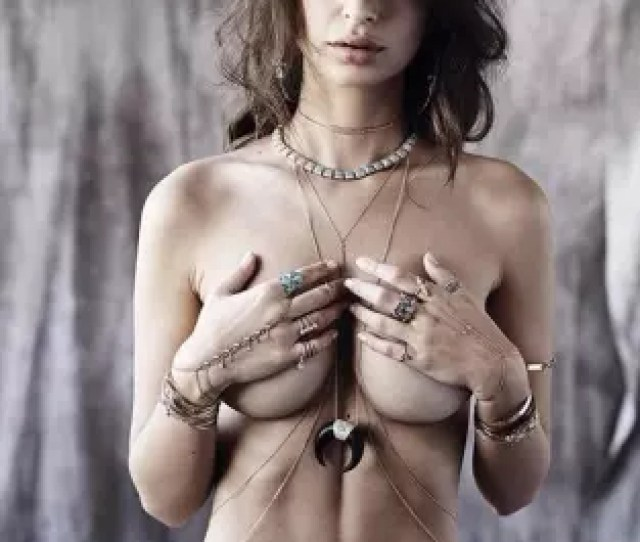 Emily Ratajkowski Is Topless On Instagram Again The Hollywood