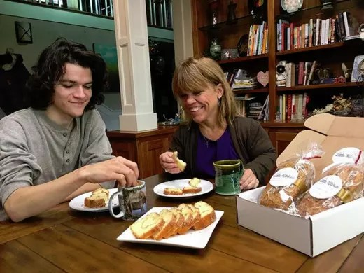 Jacob Roloff and Amy Roloff and ... Bread?