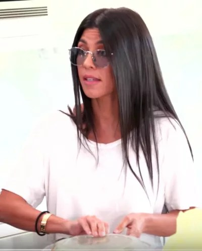 Kourtney Kardashian Has Lunch