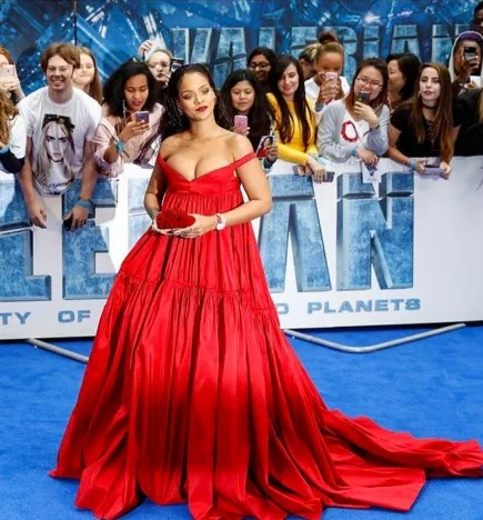 Rihanna: Is She Pregnant