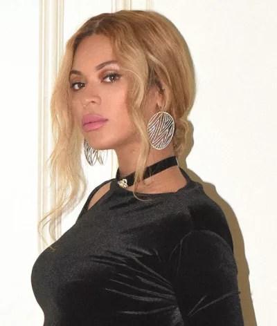 Beyonce, Large Earrings