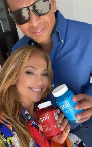 Alex Rodriguez and J-Lo Selfie