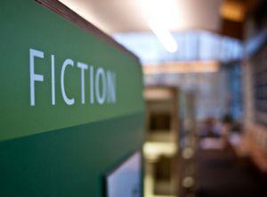 Productos y servicios de ficción- flickr cc greenplasticamy