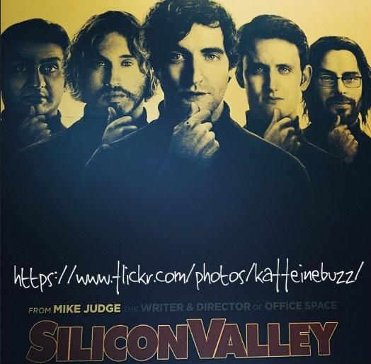 Foto:  Cartel de la comedia americana de HBO sobre startups, Silicon Valley. Cortesía de Kaffeinebuzz, Flickr.