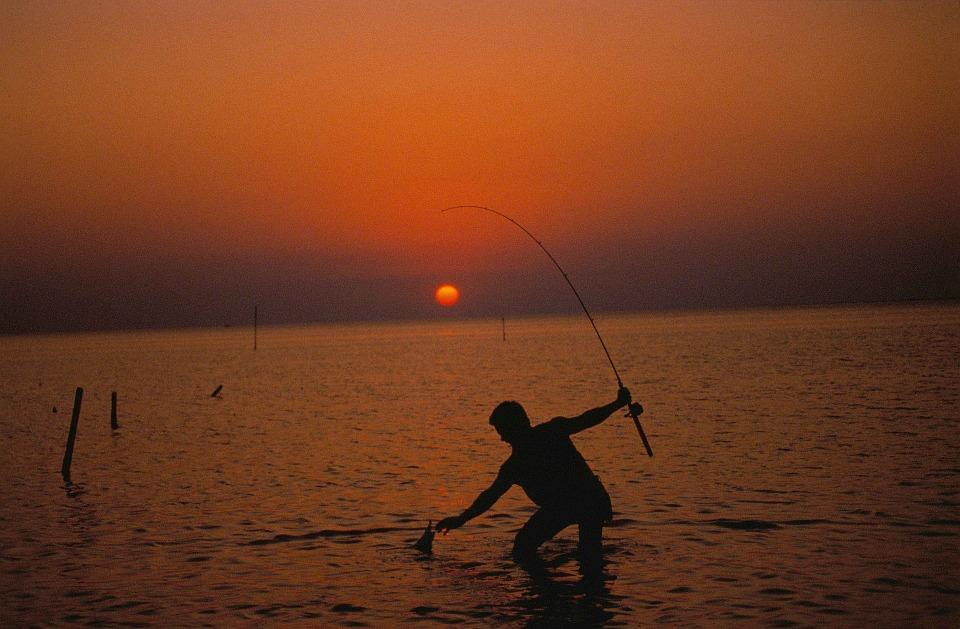 fisherman-695320_960_720.jpg