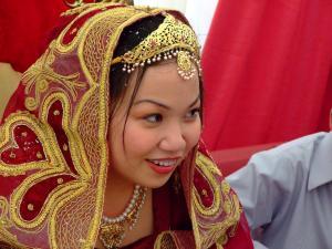 Indonesia raises minimum marriable age for women