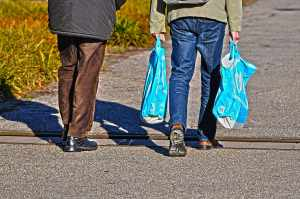 Plastic bag use in the UK drops by 59 per cent
