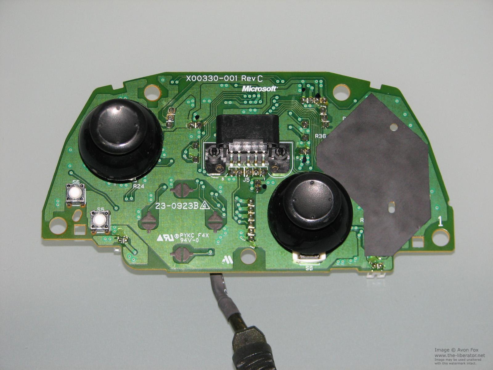 Microsoft XBOX Controller S Akebono Rev C